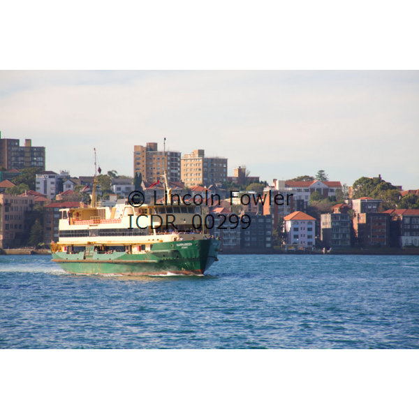 Manly Ferry approaching Circular Quay