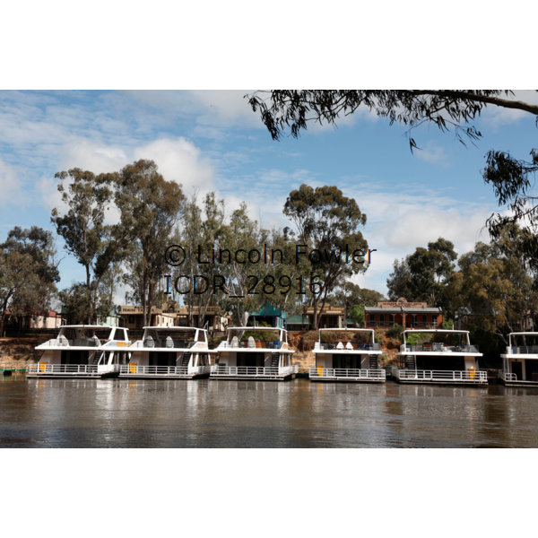 House Boats on the Murray River Australia