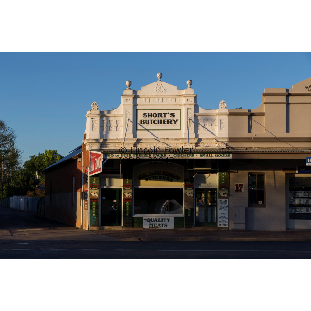 Shorts Butcher Narromine