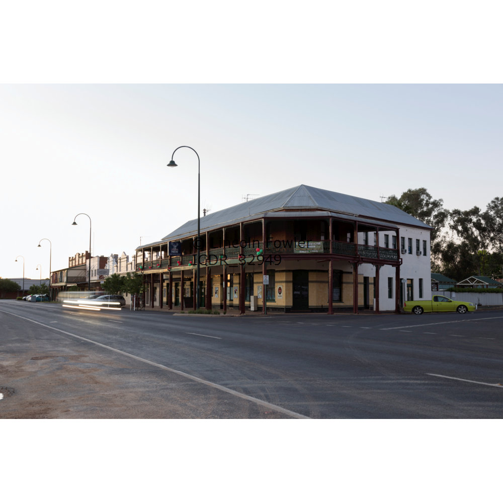 Narromine Court House Hotel